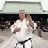 Gokokuji szentély előtt